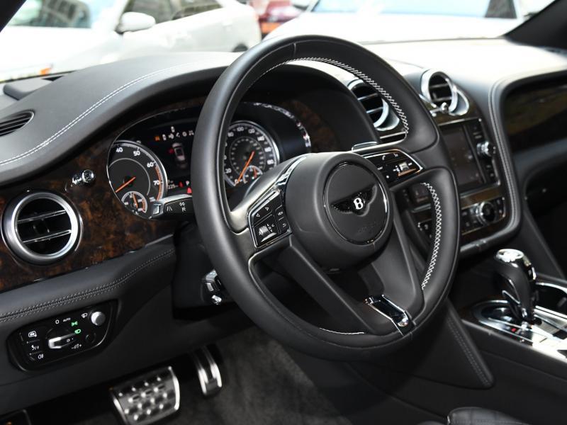 Used 2017 Bentley Bentayga  | Gurnee, IL