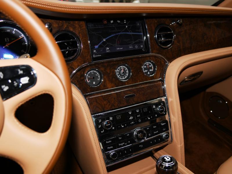 Used 2017 Bentley Mulsanne Extended Wheelbase Extended Wheelbase | Gurnee, IL