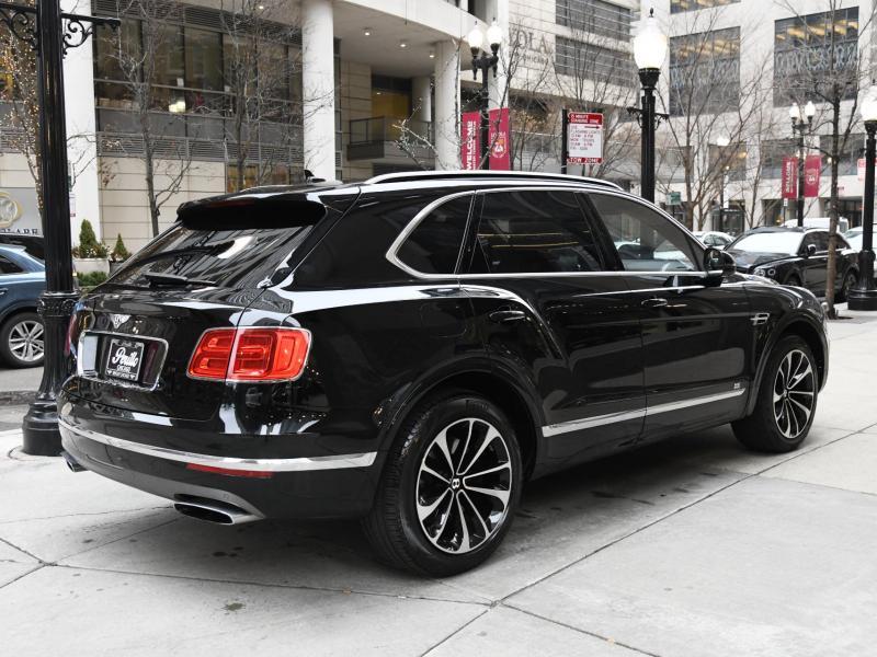 Used 2018 Bentley Bentayga W12 | Gurnee, IL