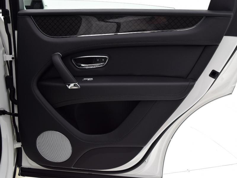 New 2020 Bentley Bentayga V8 Design Edition | Gurnee, IL