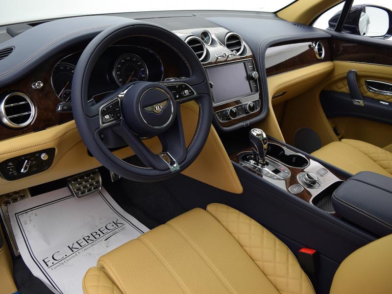 New 2020 Bentley Bentayga Hybrid | Gurnee, IL