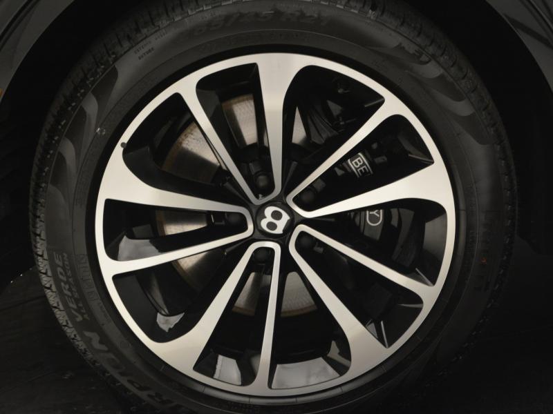 Used 2019 Bentley Bentayga V8   Gurnee, IL
