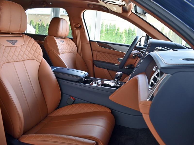 Used 2017 Bentley Bentayga Signature Edition | Gurnee, IL