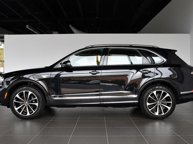 New 2021 Bentley Bentayga V8  | Gurnee, IL