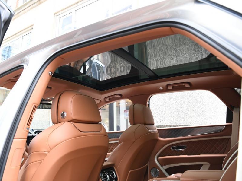 New 2021 Bentley Bentayga Speed   Gurnee, IL