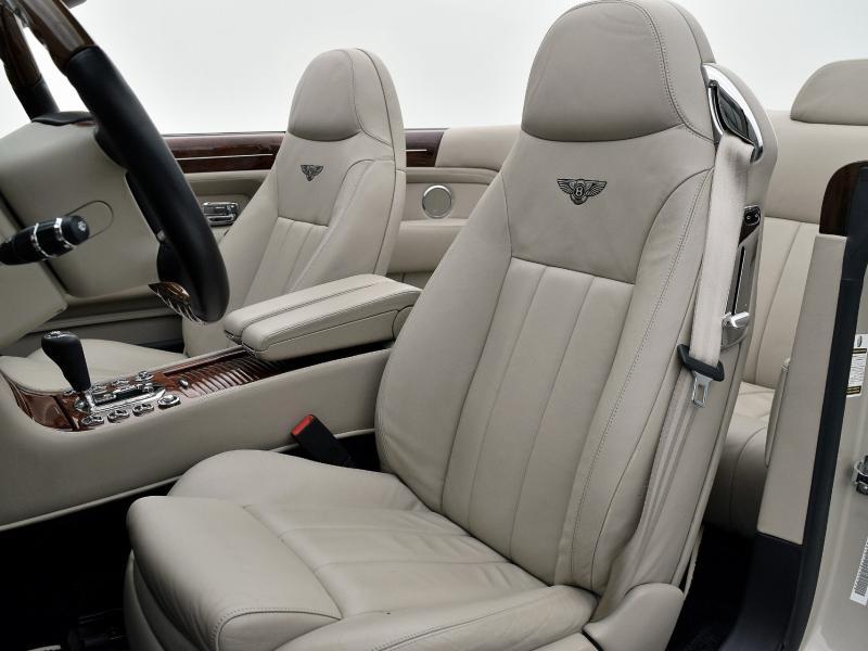 Used 2008 Bentley Azure  | Gurnee, IL
