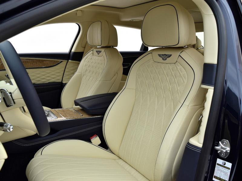 Used 2021 Bentley Flying Spur W12   Gurnee, IL