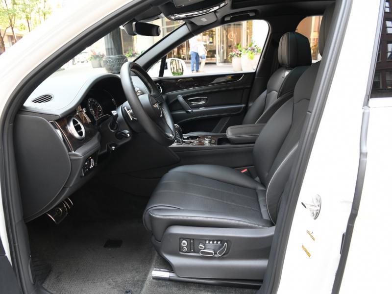 Used 2018 Bentley Bentayga  | Gurnee, IL