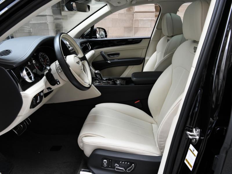 Used 2019 Bentley Bentayga V8 | Gurnee, IL