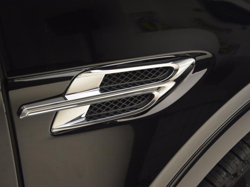 Used 2018 Bentley Bentayga Onyx Edition | Gurnee, IL